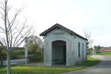Passirac - ancienne gare - arrêt de bus